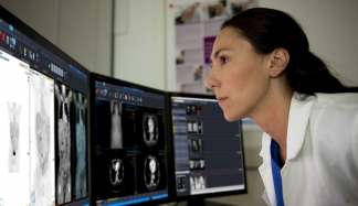 Philips Carestream Vue PACS package 25K exams per year